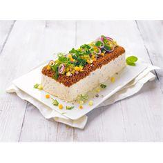 Matjessillikakku on juhlava tarjottava alkuruokana keitettyjen perunoiden kanssa. http://www.valio.fi/reseptit/matjessillikakku/ #valio #resepti #ruoka #recipe #food