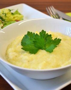 MAIRÜBEN-PÜREE - Zutaten für 4 Personen: 500g Kartoffeln, 500g Mairübchen, 100-125ml Milch, 25g Butter, geriebene Muskatnuss, Salz, Pfeffer. Hier geht's zur Zubereitung: http://behr-ag.com/de/unsere-rezepte/rezeptdetail/recipe/mairueben-pueree.html