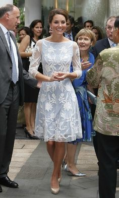 Pin for Later: Kate Middleton's Maternity Style Moments Just Keep Getting Better Kate Middleton Style She looked feminine and polished in this sheer embellished Temperley dress. Vestido Kate Middleton, Looks Kate Middleton, Kate Middleton Outfits, Kate Middleton Wedding, Princess Kate Middleton, Kate Wedding Dress, Kate Dress, Dress Up, Dress Lace
