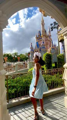 Disney Tourist Blog, Small Business Marketing, Happy People, Magic Kingdom, Adventure Travel, Orlando, Walt Disney, Travel Photography, Castle