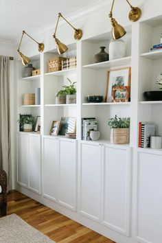 Billy Ikea, Ikea Billy Bookcase Hack, Wall Bookshelves, Built In Bookcase, Billy Bookcases, Billy Bookcase Office, Living Room Bookcase, Bookcase Styling, Living Room Built Ins