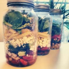Lunch in a jar! Greek, Caprese and Chickpea.. http://www.thedailymuse.com/health/the-best-new-way-to-bring-your-lunch/