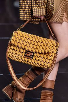 Fendi is having a moment, and despite the loss of Karl Lagerfeld earlier this year, it seems there is no stopping this storied Italian design house. Over the last year Fendi's popularity has… Popular Handbags, Cute Handbags, Cheap Handbags, Purses And Handbags, Leather Handbags, Handbags Online, Popular Purses, Celine Handbags, Brown Handbags