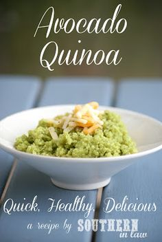 two of my favorite things! A simple quinoa dish thats incredibly delicious! Avocado Quinoa - gluten free, low fat, can be vegan/dairy free, clean eating recipe Side Recipes, Clean Eating Recipes, Cooking Recipes, Dairy Free Recipes, Vegetarian Recipes, Healthy Recipes, Lunch Recipes, Quinoa Gluten Free, Avocado Quinoa