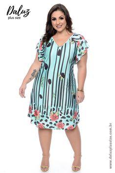 Vestido Plus Size Thicy Vestidos Plus Size, Plus Size Dresses, Plus Size Outfits, Plus Size Summer Fashion, Island Outfit, Different Dresses, Plus Size Beauty, Plus Size Model, Dress Patterns