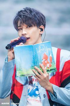Photo album containing 5 pictures of Wonwoo Woozi, Mingyu Wonwoo, Seungkwan, Jung So Min, Vernon, Kpop, The8, Hip Hop, Won Woo
