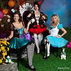 Pick your favorite tale, like Alice in Wonderland, and get your girlfriends to join in dressing up! Great group costume ideas! #BeACharacter