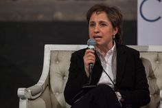 """CIUDAD DE MÉXICO (apro).- La periodista Carmen Aristegui denunció este jueves que """"se intensificó el acoso, el hostigamiento y la persecución judicial"""" por la investigación de la """"Casa Blanca"""" de Enrique Peña Nieto. """"En las últimas semanas se han acumulado en nuestra contra varias demandas judiciales que llegan a niveles insospechados"""", detalló en un videoLeer más"""