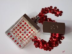 Escada S- perfume review on fragrascent.pl #escada #escada_s #perfume #fragrance #review #beauty #scent #perfumy #flakon #perfume_bottle #red #dot #dots #korek #s #sequins #cekiny