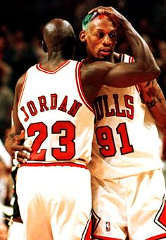 Beauty and the Beast Michael Jordan & Dennis Rodman Bulls Basketball, Basketball Legends, Love And Basketball, Basketball Players, Chicago Bulls, Charlotte Hornets, Art Michael Jordan, Jordan Bulls, Mike Jordan