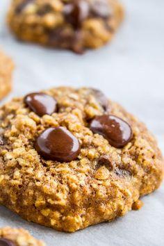 Skinny Oatmeal Chocolate Chip Cookies
