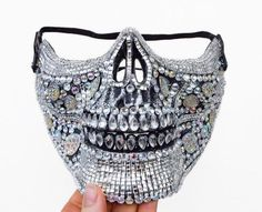 · This festival dust mask fits most men snugly and is an oversize fit for most women. It is skull-shaped, covers the half of one's face, is embellished with rhinestone mosaic and could take you from… Halloween Skull Mask, Halloween Face, Ropa Burning Man, Real Human Skull, Look Festival, Rave Costumes, Costumes With Masks, Female Mask, Crane
