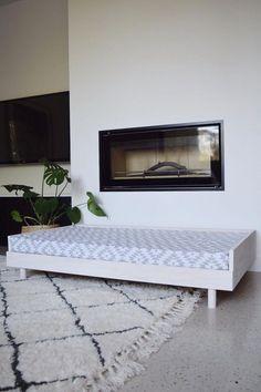 DIY Scandinavian style large dog bed (or toddler day bed! Diy Dog Bed, Cool Dog Beds, Day Bed Diy, Large Pet Beds, Large Dogs, Small Dogs, Scandinavian Style, Toddler Day Bed, Diy Bett