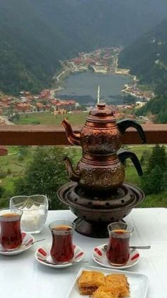 North of Iran, Mountain Skirts and an exquisite traditional tea in a summer afternoon. Everyone's welcomed with Iranian hospitality Iran Food, The Chai, Turkish Tea, Iran Travel, Persian Culture, Tea Time, The Good Place, Tea Pots, Beautiful Places