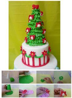 http://cake.corriere.it/2013/12/03/come-realizzare-un-albero-di-natale-in-pasta-di-zucchero/#more-9968