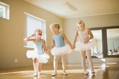 These party games are perfect for a ballet party or anytime your little ballerinas want to add some play to their routine.