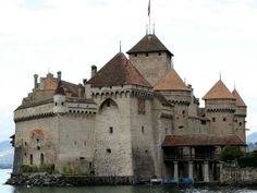 Chateau de Chillon    Castles & Palaces in France