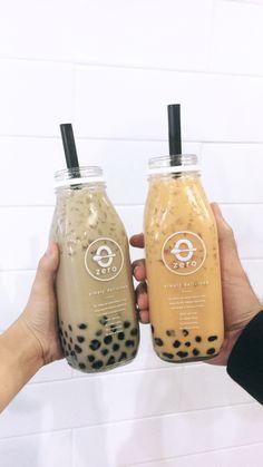 food_drink - I N S T A martinez ☆ Comida Do Starbucks, Bebidas Do Starbucks, Fun Drinks, Yummy Drinks, Yummy Food, Bebida Boba, Boba Drink, Bubble Milk Tea, Japanese Snacks