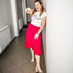 Waist Skirt, Midi Skirt, High Waisted Skirt, Skirts, Fashion, Moda, Midi Skirts, High Waist Skirt, Skirt