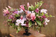 Centerpiece by wedding florist Floral Verde in Cincinnati.