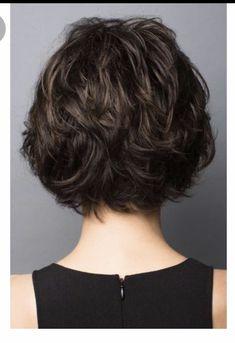 Shaggy Bob Haircut, Pixie Haircut, Short Hair With Layers, Short Hair Cuts, Medium Hair Styles, Curly Hair Styles, Monofilament Wigs, Wavy Bob Hairstyles, Braid Hairstyles