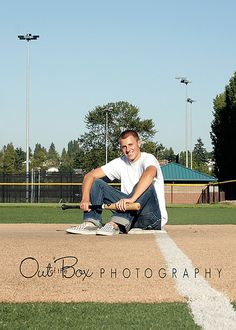 Baseball Tips And Advice For The Beginner. Many different people love baseball. If you want to learn more about playing the game well, Baseball Senior Pictures, Male Senior Pictures, Sports Pictures, Senior Photos, Senior Portraits, Baseball Photos, Senior Session, Boy Senior Pics, Grad Pictures