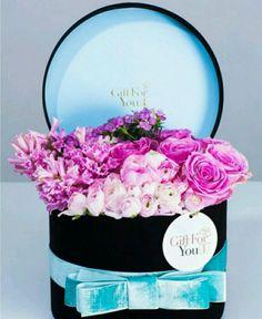 Pink flowers, black box with blue velvet ribbon~♡~
