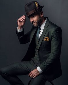 Classic never goes out of style. Sartorialist, Tailored Suits, Out Of Style, Gentleman, Going Out, Captain Hat, Suit Jacket, Blue Suits, Hats