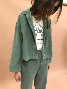 Summer Fashion Tips green trousers and coat.Summer Fashion Tips green trousers and coat Womens Fashion Online, Latest Fashion For Women, Inspiration Mode, Acne Studios, Fashion Outfits, Fashion Tips, 90s Fashion, Couture, Style Me