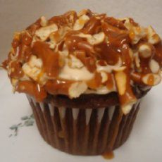 Chocolate Cupcakes with Crushed Pretzels and Salted Caramel Buttercream