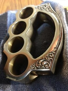 Love me some brass knuckles, and these are perfection.