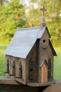 65 Cool Birdhouse Design Ideas To Make Birds Easily to Nest in Your Garden 10