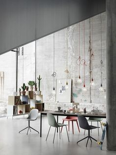 Muuto's Base is a beautiful, minimalist table, created by the Finnish designer Mika Tolvanen. His aim was to design a distinctive table that is reduced to its bare minimum but at the same time feels inviting. Ästhetisches Design, House Design, Loft Design, Design Ideas, Industrial Style Lamps, Industrial Design, Berlin Design, Scandinavian Interior Design, Vintage Decor