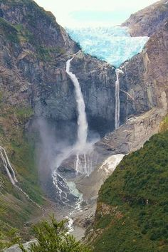 Magnificent hanging glacier along the Carretera Austral, Chile Chili Travel, Beautiful World, Beautiful Places, Travel Around The World, Around The Worlds, Argentine, Beautiful Waterfalls, Jolie Photo, Nature Pictures