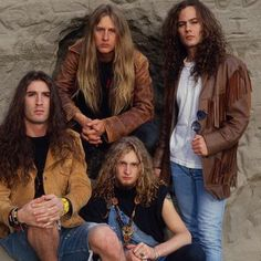 Alice In Chains...oh f grunge..they're Metal!