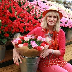 AbFab actress Joanna Lumley at the RHS Chelsea Flower Show 2015 - Everything you need to know - 19th-23rd May