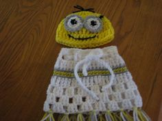 Crochet Despicable Me Minion Beanie Hat & Poncho - Picture Idea