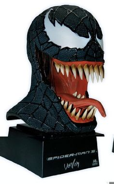 Spider-Man 3 (Movie) Venom Mask Scaled Replica Master Replicas!, Games - Amazon Canada