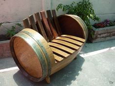 wine barrel chair- love this! Wine Barrel Chairs, Wine Barrel Furniture, Wine Barrels, Barrel Projects, Wood Projects, Woodworking Projects, Barris, Outdoor Chairs, Outdoor Decor