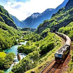 La ligne Bergen-Oslo – Norvège | 21 des voyages en train les plus spectaculaires au monde