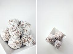 Healthy Almond & Date Rum Balls - Natural Minimalist