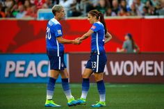 Abby Wambach shakes hands with Alex Morgan of the United States in the second half against Sweden in the FIFA Women's World Cup Canada 2015 match at Winnipeg Stadium on June 2015 in Winnipeg,. Get premium, high resolution news photos at Getty Images Us Soccer, Soccer Tips, Soccer Players, Nike Soccer, Soccer Cleats, Barcelona Soccer, Fc Barcelona, Abby Wambach, Alex Morgan Soccer