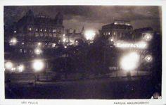 Década de 1920 - Parque Anhangabaú à Noite - Vista dos Palacetes Prates.