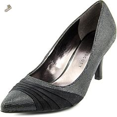 Karen Scott Women's Gladdys Pointed Toe Pumps, Black, Size 9.0 US - Karen scott pumps for women (*Amazon Partner-Link)