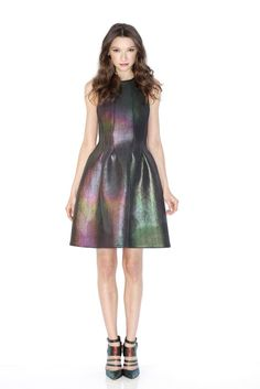 Want this Cynthia Rowley neoprene dress and Rebecca Minkoff shoes (Women's Wear Daily) Daily Fashion, Love Fashion, High Fashion, Womens Fashion, Fashion Trends, Holographic Dress, Rebecca Minkoff Shoes, International Fashion, Dress Up