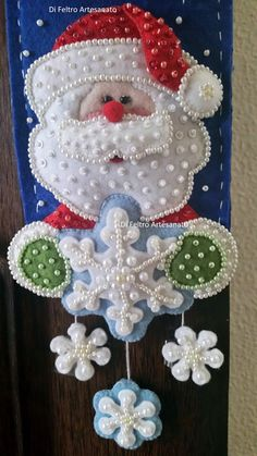 1 million+ Stunning Free Images to Use Anywhere Unique Christmas Stockings, Snowman Christmas Ornaments, Felt Ornaments, Felt Christmas, Christmas Time, Christmas Wreaths, Felt Crafts, Holiday Crafts, Christmas Projects