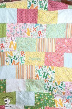 Quilt Square Patterns, Beginner Quilt Patterns, Baby Quilt Patterns, Hexagon Quilt, Quilting For Beginners, Quilting Ideas, Sewing Patterns, Fat Quarter Quilt Patterns, Beginner Quilting