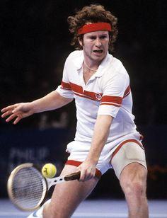 John McEnroe vann 1981, 1983 och 1984 herr singeln. 1981 över Björn Borg 4-6, 7-6, 7-6, 6-4. 1983 över Chris Lewis 6-2, 6-2, 6-2. 1984 över Jimmy Connors 6-1, 6-1, 6-2.