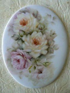 Painted Porcelain, China Porcelain, Vintage Roses, Vintage Tea, Painted Roses, Hand Painted, Decoupage, Video Rosa, Shabby