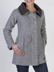 Take the warmth of wool wherever you travel. The Medelton Trench is crafted ...
